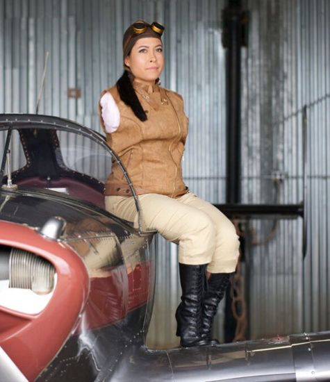 Jessica Cox in flight gear
